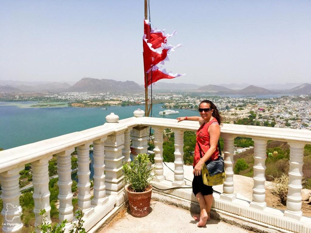 Vue sur Udaipur depuis le Karni Mata Temple dans notre article Visiter le Rajasthan en Inde : Itinéraire et conseils pour un voyage dans cet État du Nord de l'Inde #rajasthan #inde #itineraire #voyage
