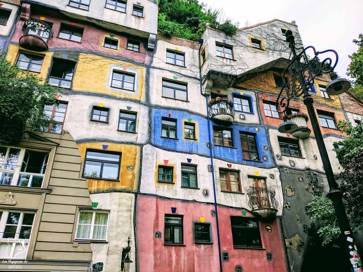 La maison Hundertwasserhaus de Vienne dans notre article Visiter Vienne en Autriche : que voir et que faire à Vienne en 5 jours #vienne #autriche #europe #voyage