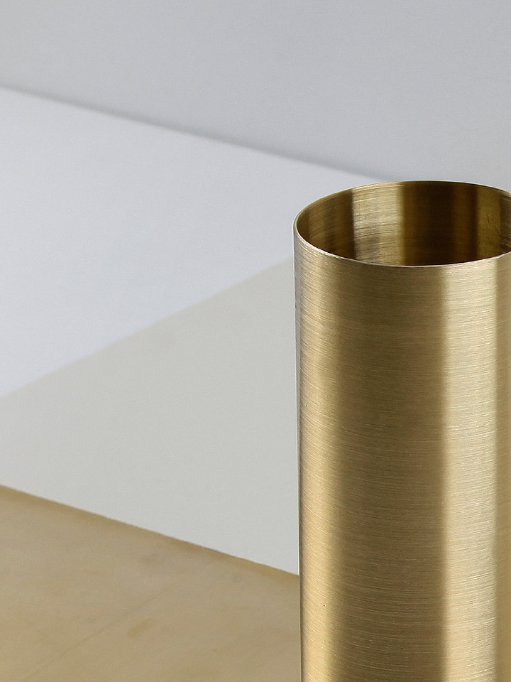 Brass, a metal that represents both modernity and elegance