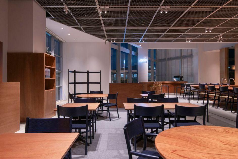 Restaurant Sola Fukuoka, Ariake, Ariake Chair, LES VRAIS