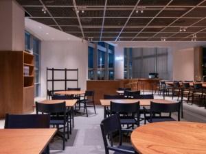 Restaurant Sola Fukuoka Ariake LES VRAIS Gabriel Tan Chair