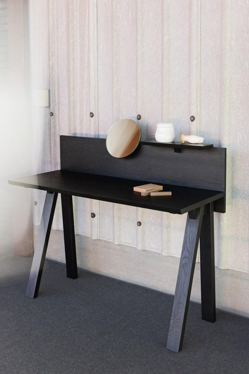 sagyo desk ariake