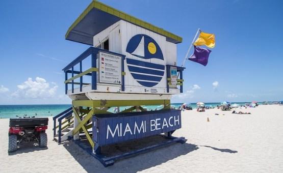Miami-Z_letalom_na_poti