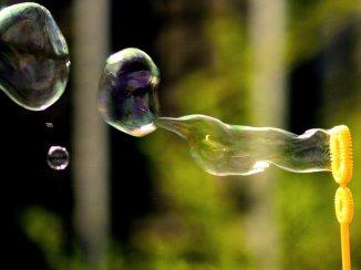 6359935253599875611491641265_bubbles