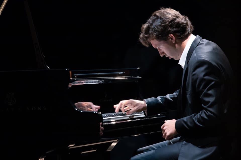 Un nouveau prix pour le pianiste Rodolphe Menguy