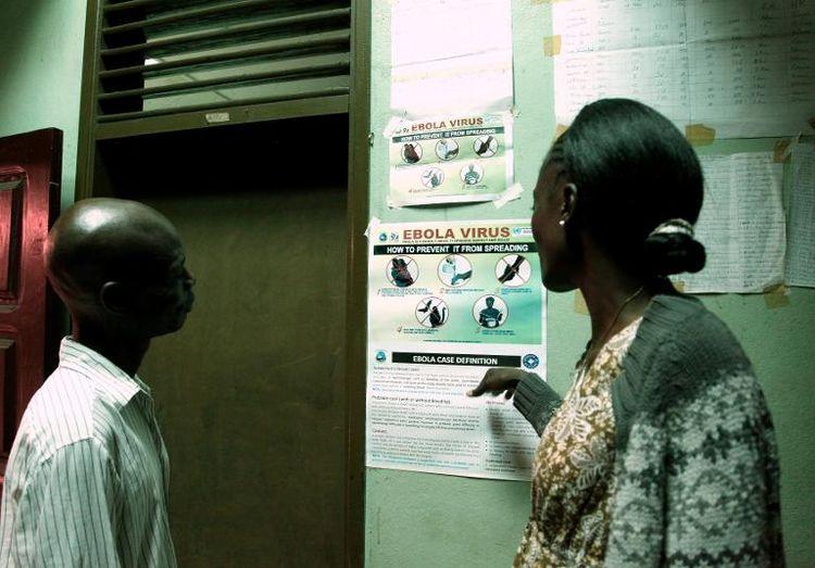 Une affiche de sensibilisation sur Ebola à Monrovia, Liberia (photo AFP)