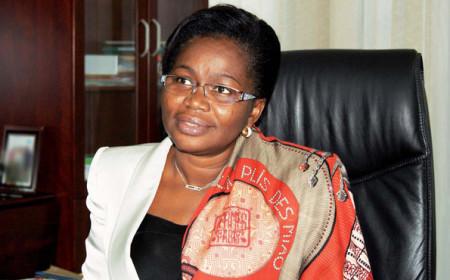 Victoire Sidemeho Dogbe-Tomegah, ministre chargée du Développement à la base
