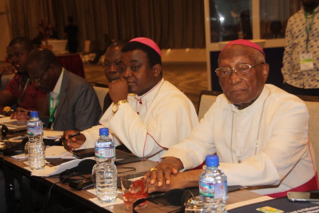 Des leaders religieux lors de l'atelier