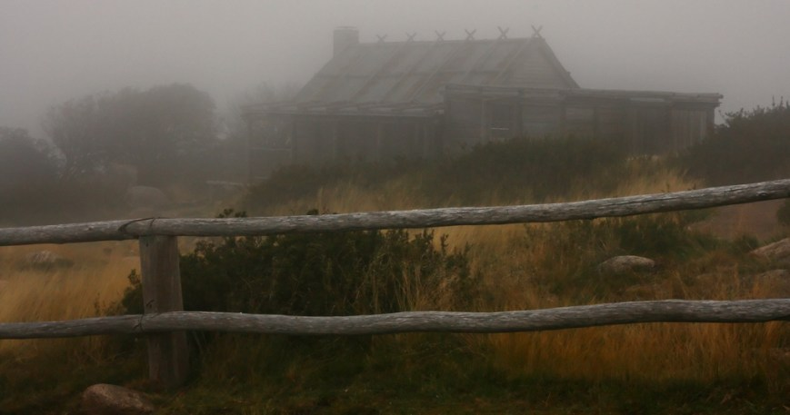 Foggy-Hut