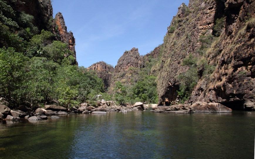 Twin-Falls-Gorge-1