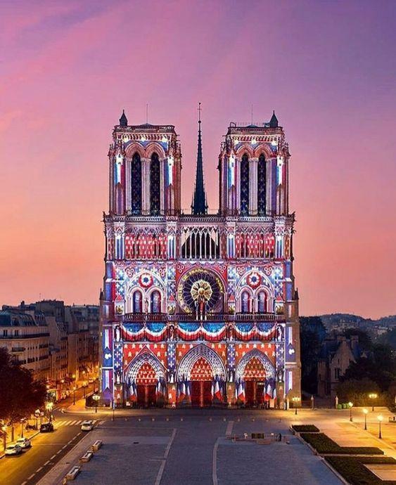 巴黎聖母院鐘樓怪人