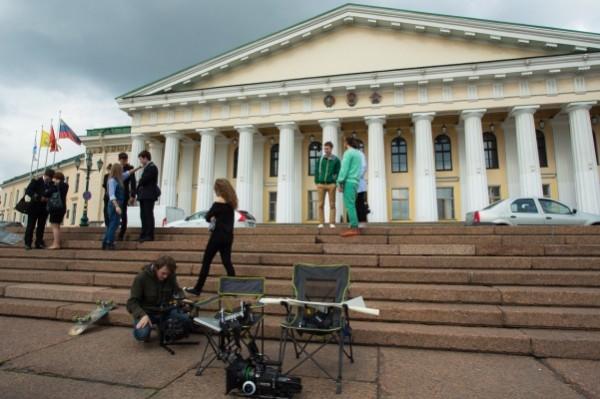 В Петербурге, прикрываясь именем «Ленфильма», работают мошенники