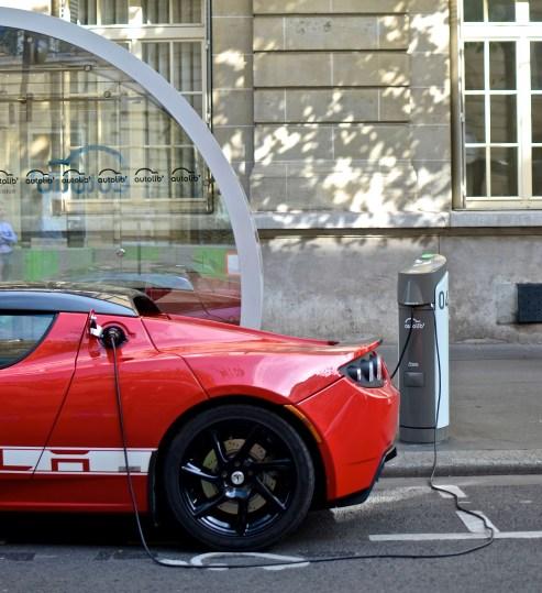 Tesla-roadster@le tone (2)