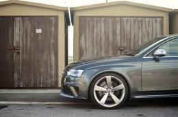 AUDI-RS4-2012-Tone 4