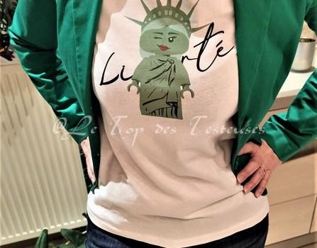 Découvrons les t-shirts MiniCrush avec Karina !