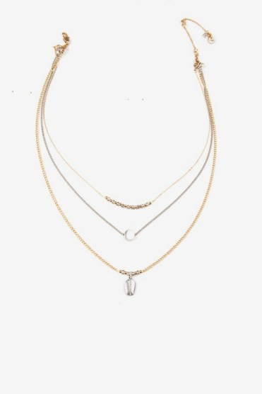 https://www.letote.com/accessories/4822-delicate-beaded-pendant