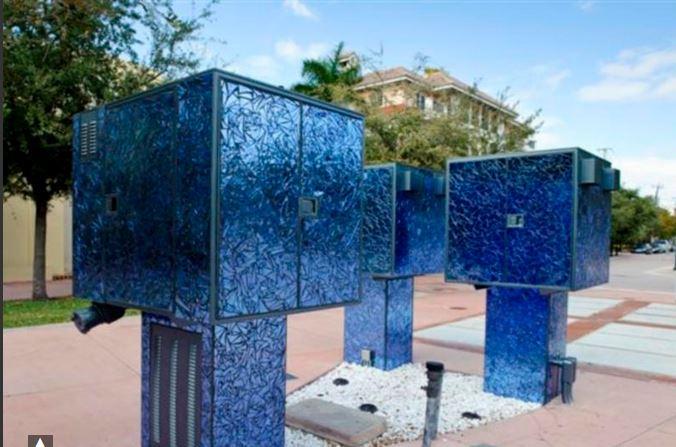 Art in Public Places: Liquid Measures / Arte en Lugares Públicos: Medidas Líquidas