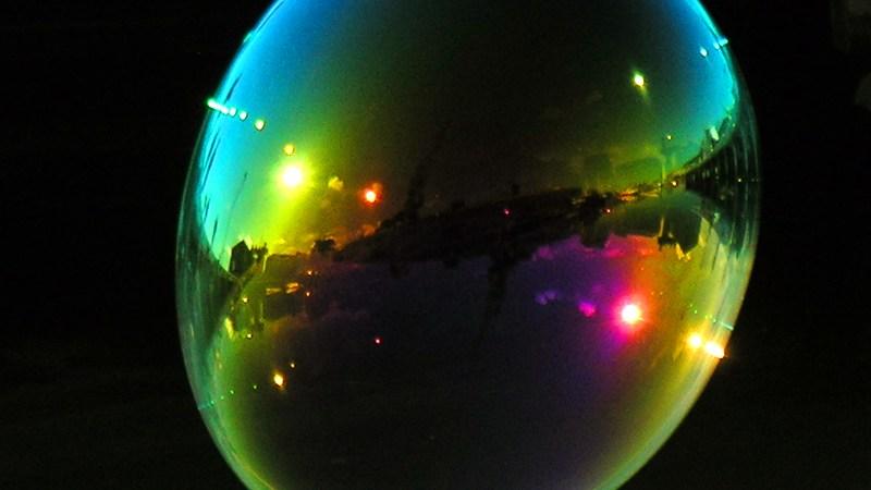 Resultado de imagen de Una gran burbuja de vacío en el Espacio