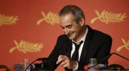 thumbnail_Olivier Assayas, Mejor Director