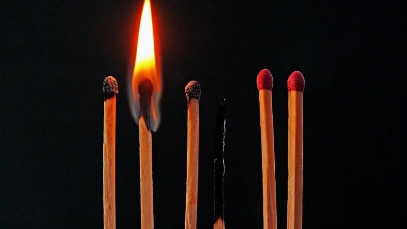 Burn Out: ¿Ponerse las pilas? | Letra Urbana
