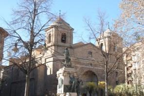 Monumento Agustina e Iglesia del Portillo