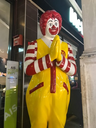 Creepy Thai Ronald McDonald