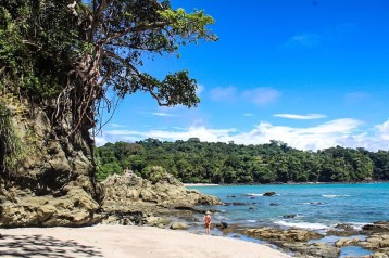 Beach along the trail at Manuel Antonio National Park