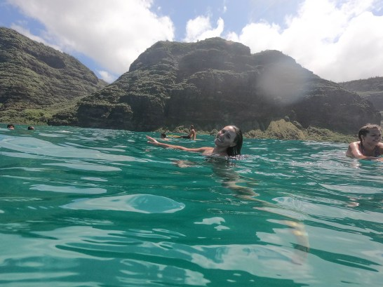 girl on the na pali coast