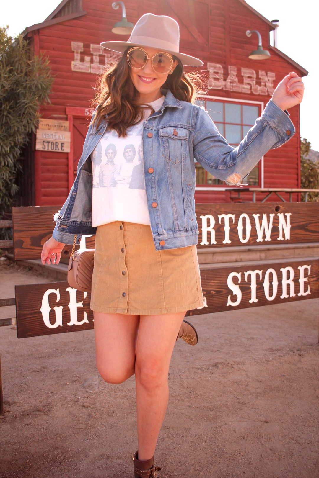 girl in front of pioneertown general store