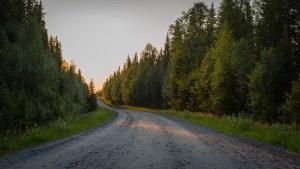 Vägen vid Hällarna