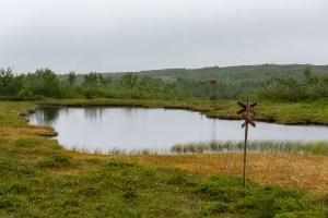 Leden går rakt över sjön