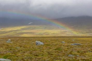 Regnbåge över Moskánláhku
