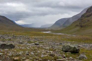 Utsikt över Tjäktjavagge från Tjäktjapasset
