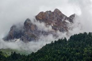 En del låga moln
