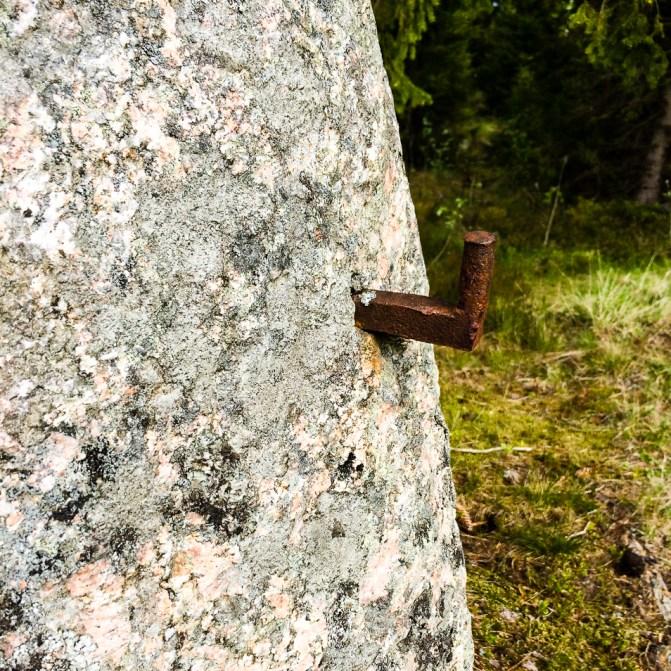 Gångjärn i sten