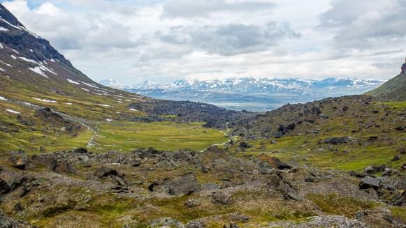 Utsikt uppifrån stenvallen