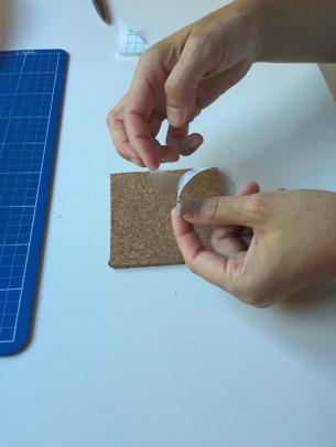 06-posavasos-de-corcho-colocamos-las-plantillas-triangulares