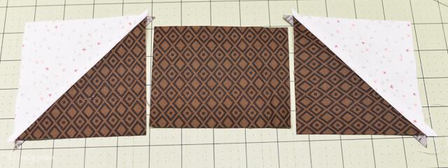 Easy Acorn Quilt Block from @letseatgrandpa