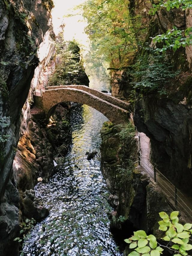 Gorges de l'Areuse hike with its stone bridge Pont de Brot