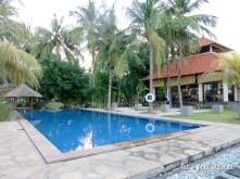 Ocean View Dive Resort - Piscine et restaurant