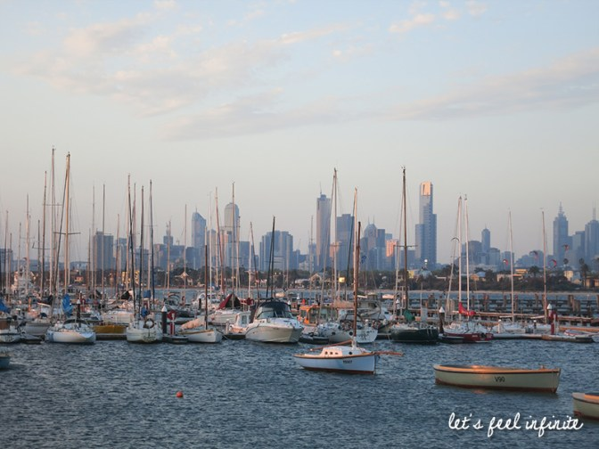 Melbourne - St Kilda Beach - The pier 2
