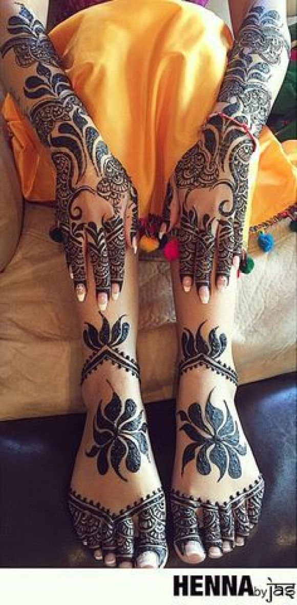 Arabic style totally filled up design for hands and feet