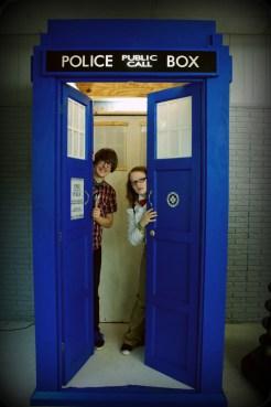 TARDIS with 2 Doctorsa