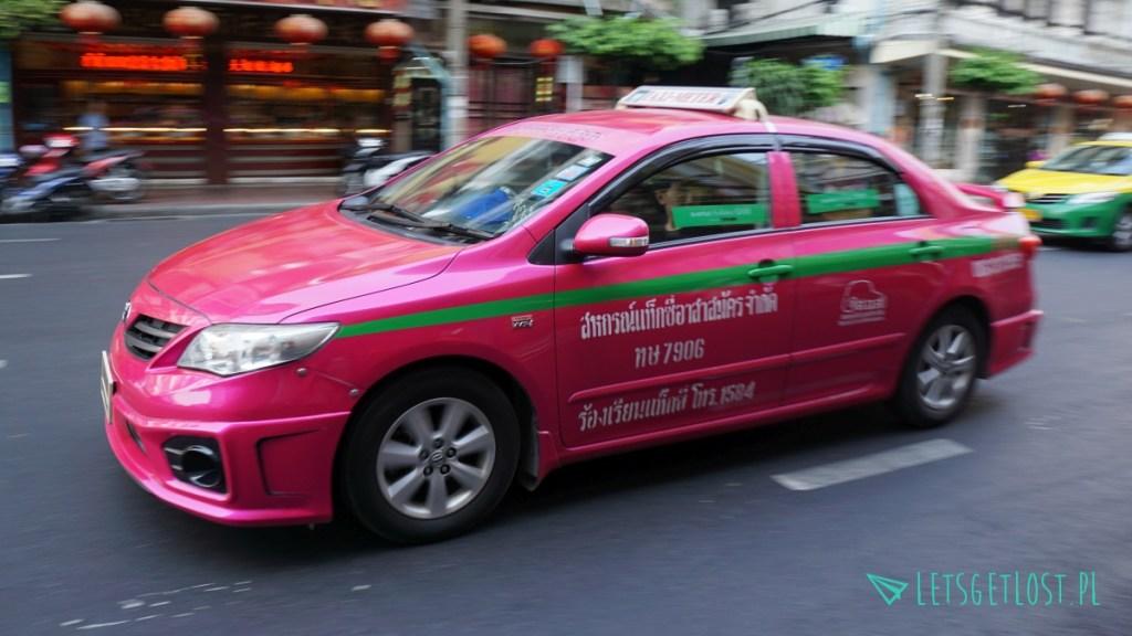 W Bangkoku taksówki są różowe