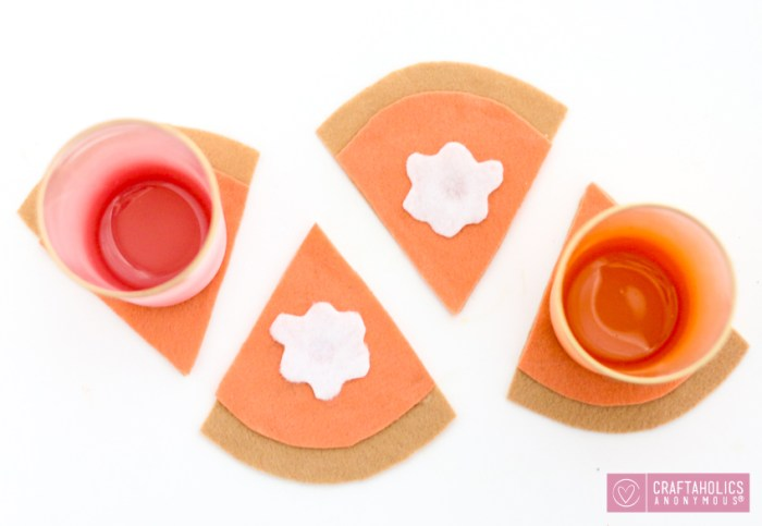 pumpkin-pie-felt-coasters-5-copy