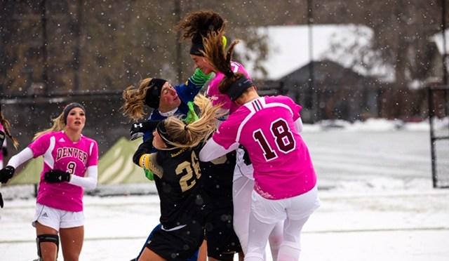 Women's Soccer Win Earns Thursday Showdown, Volleyball Sweeps