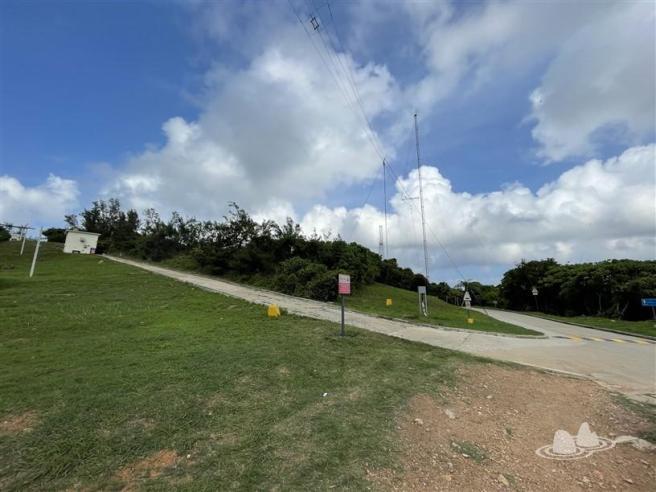 鶴咀道>鶴咀電台(低台)>博加拉炮台>雷音洞>鶴咀海岸保護區>蟹洞>鶴咀道