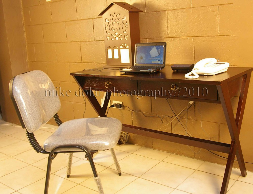 ANOTHER FAMILY UNIT (Aurora Loft), good for four with dedicated DSL and PHONE line, starting at P1450 per night (2/3)