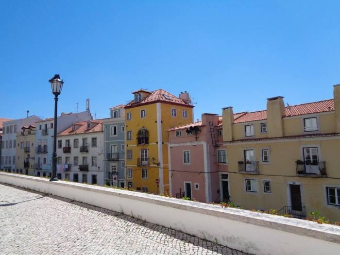 Casette colorate a Lisbona