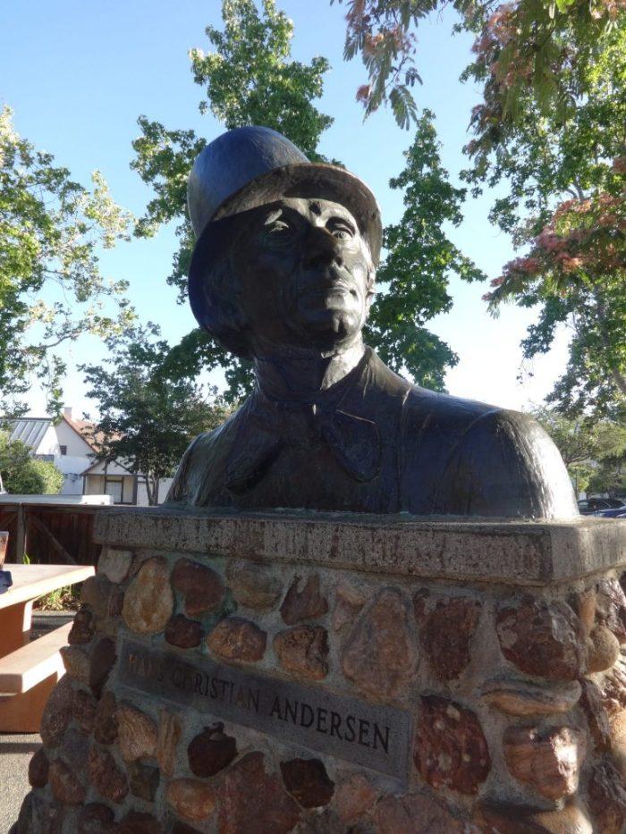 Statua di Andersen